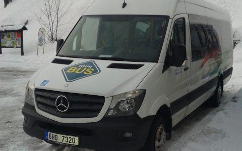 Mercedes Skibus 3